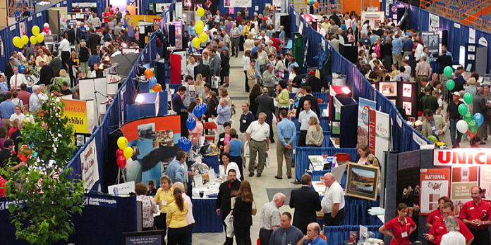How to Create a Trade Show Display That Will Drive Traffic
