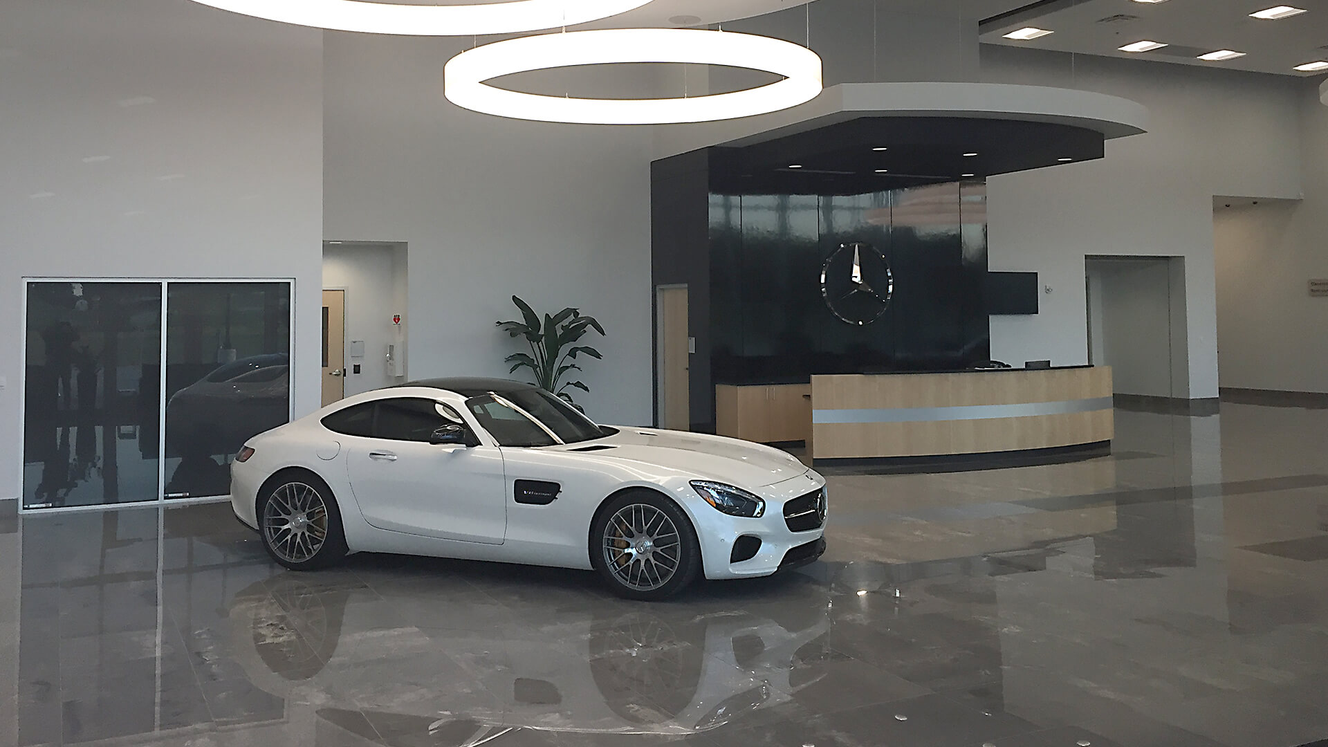 How to Negotiate with a Mercedes Benz Dealership Adelaide?